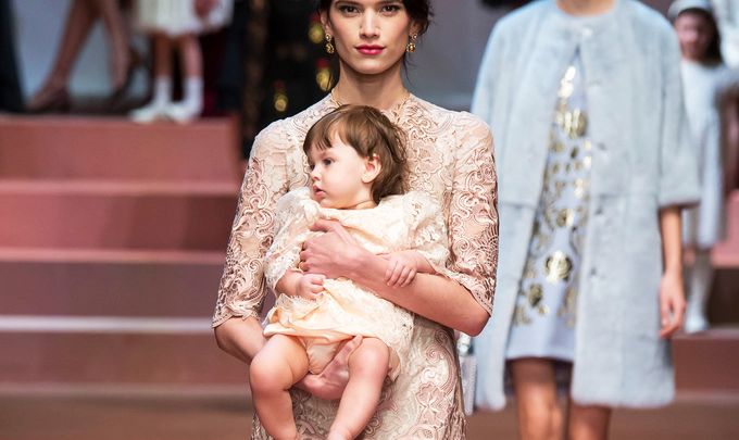 As Mammas do Desfile Dolce & Gabbana!