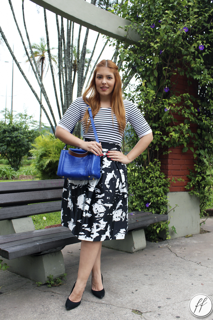 Look Mix de Estampas Bolsa Azul 10