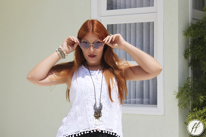 Look Short Bordado e Blusa de Pom Pom 2