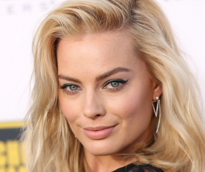 Steal the Style: Margot Robbie!