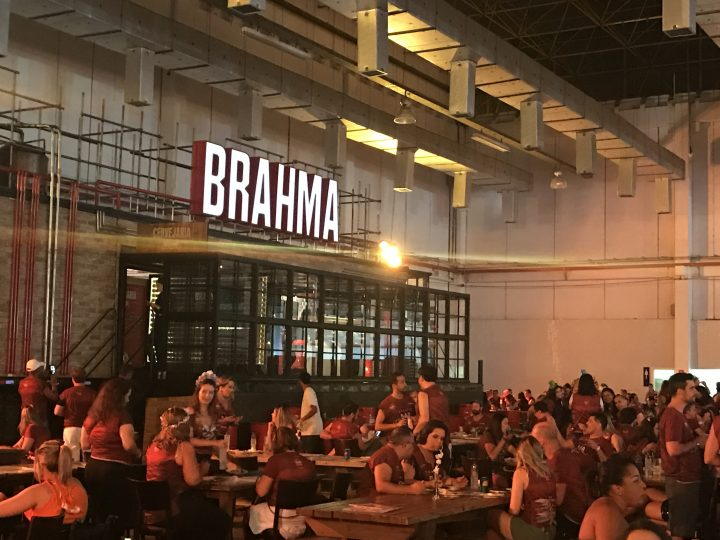 Camarote Bar Brahma Arrasa no Carnaval do Anhembi 2018!